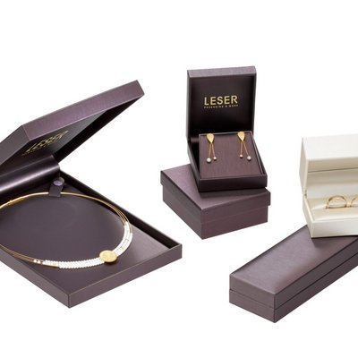 noble jewelry cases jewelry packaging with noble coating in many sizes and colors