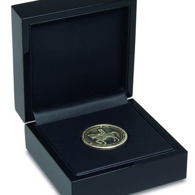 noble wooden case for storing coins