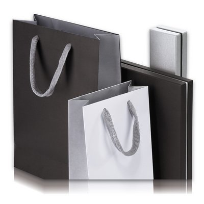 carrier bags jewelry packaging in many colors and designs